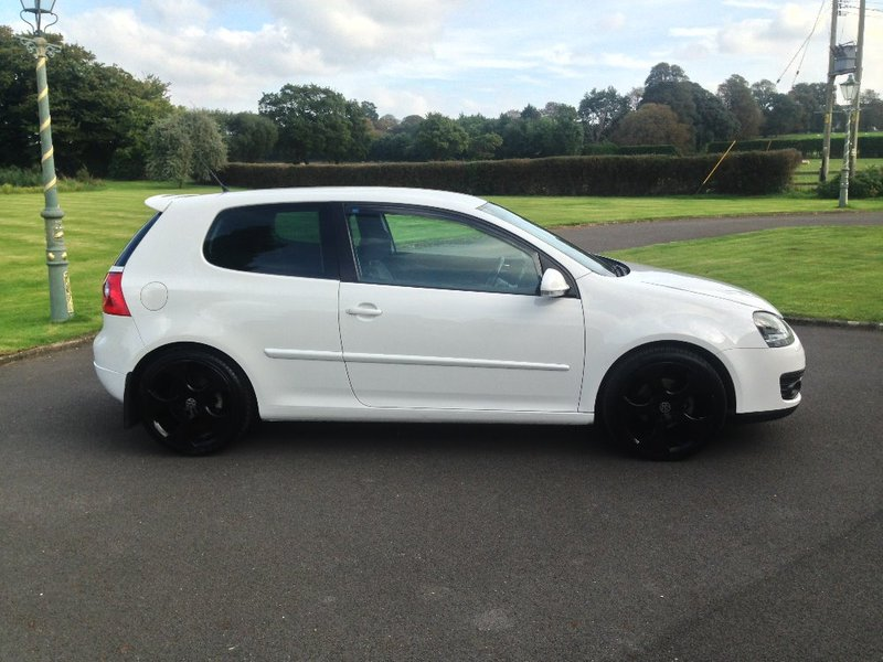 View VOLKSWAGEN GOLF 2.0TDI GT
