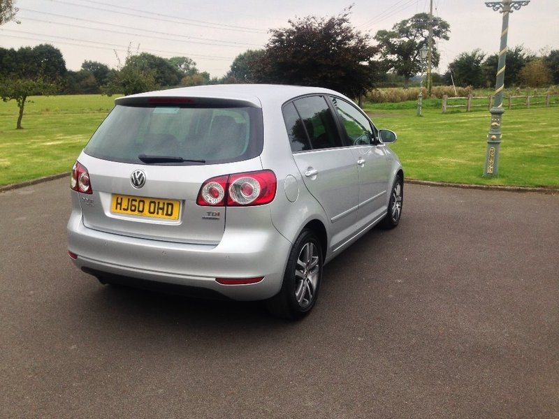 View VOLKSWAGEN GOLF PLUS 1.6 TDI Bluemotion Tech SE