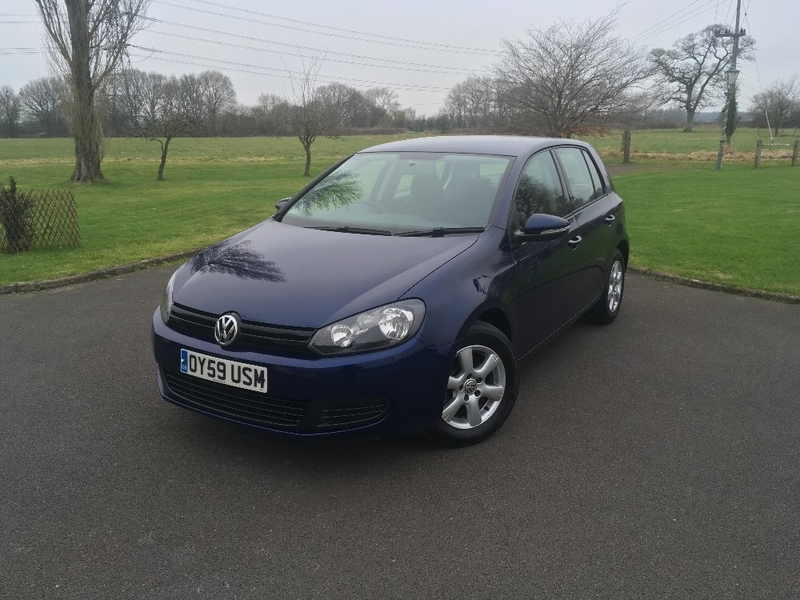 View VOLKSWAGEN GOLF 1.6 TDI S