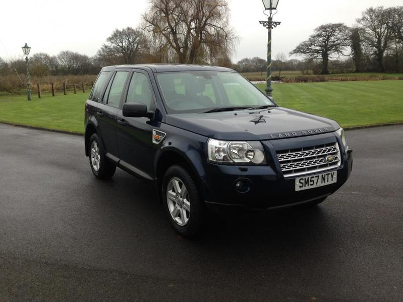 View LAND ROVER FREELANDER 2.2 TD4 GS Auto