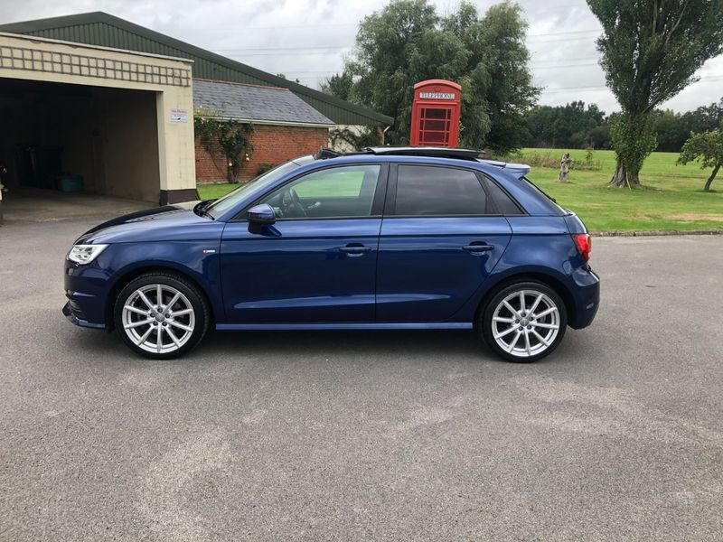 View AUDI A1 1.6 TDI S line Sportback (s-s) 5dr