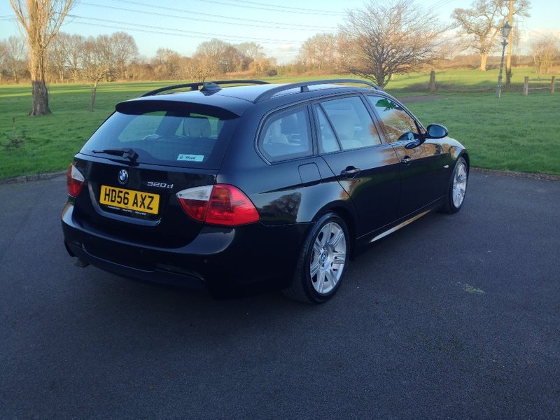View BMW 3 SERIES 320 D M Sport Estate