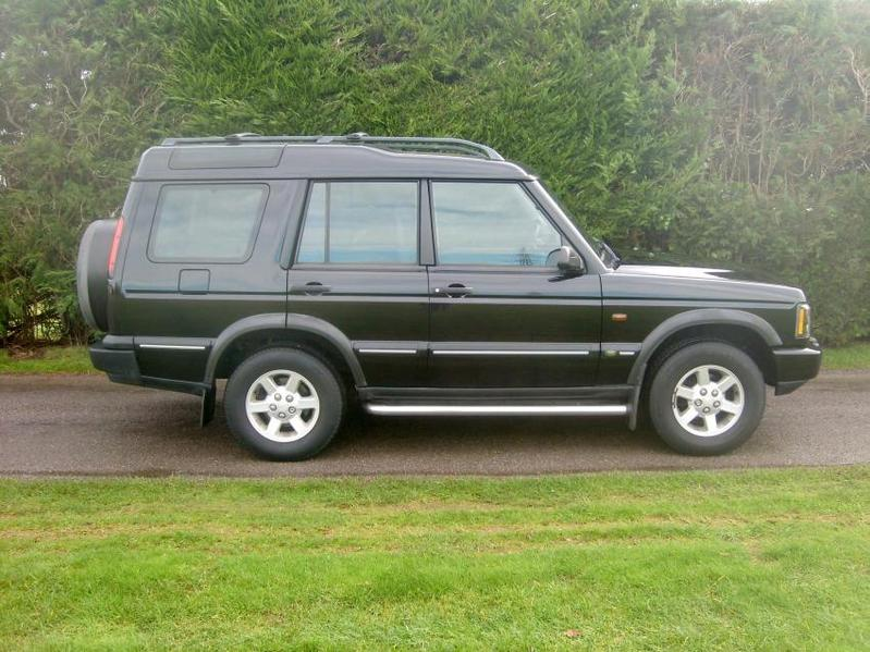 View LAND ROVER DISCOVERY 2.5 TD5 Pursuit Auto Seven Seat